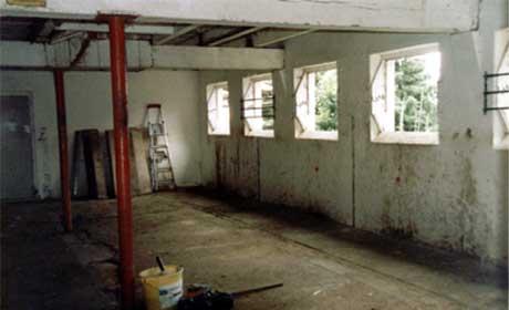 So sah der Stall vorher aus...
